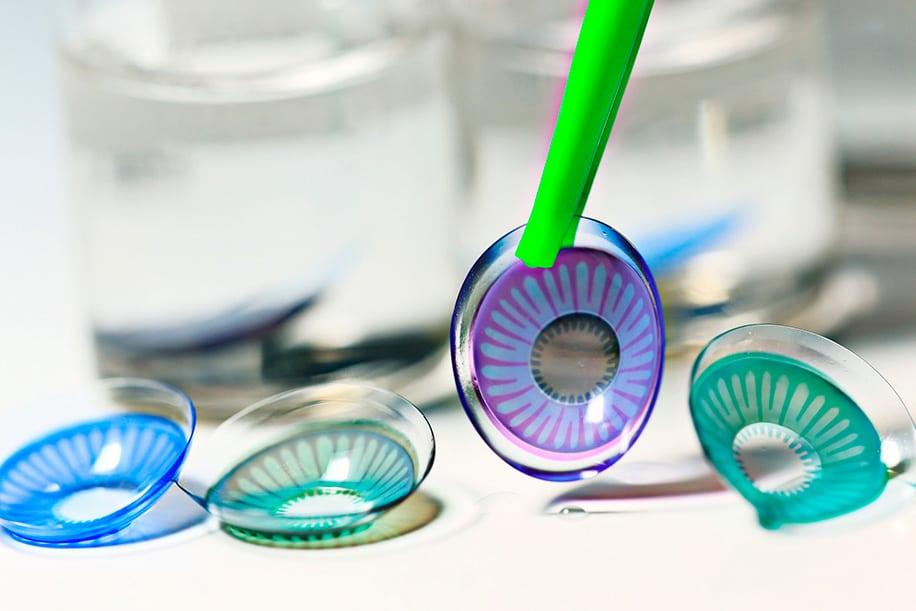 контактные линзы или очки с диоптриями