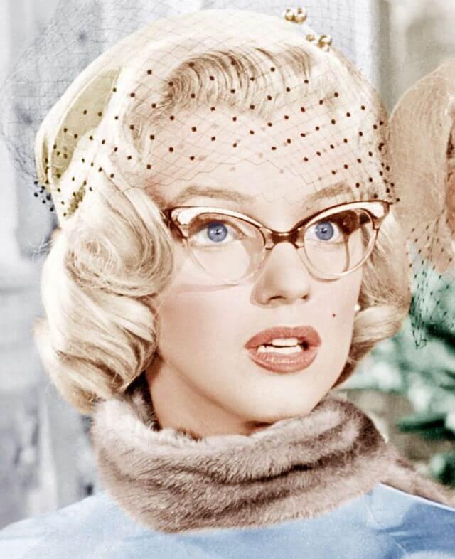 Мерилин Монро очки кошачьи глазки