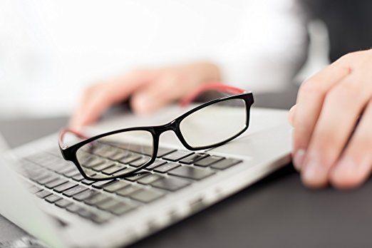 правильно выбрать очки с защитой от компьютера